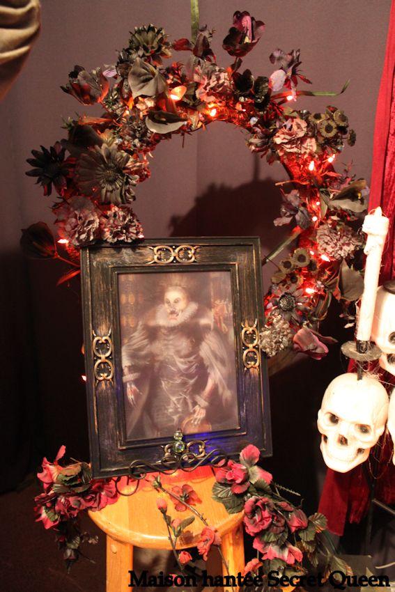 Couronne de fleurs maison hant e secret queen - Decoration halloween maison hantee ...